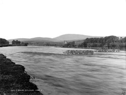 Old Killaloe eel weir prior to Shannon scheme