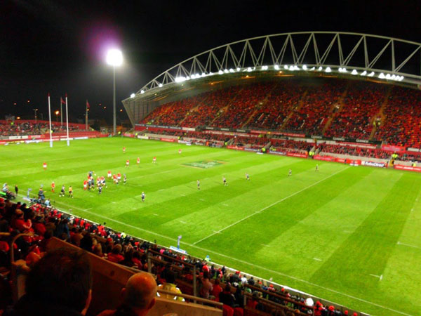The volume of water released from Ardnacrusha at the critical time of the spring tide is as large as what it would take to have the footprint of the playing pitch at Thomond Park Stadium filled with water to a height of 500m, or more than four times the height of the Spire of Dublin.