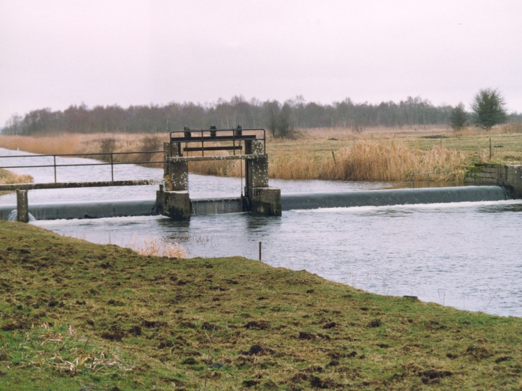Clonsingle weir on the River Brosna, at the outflow of Lough Ennel
